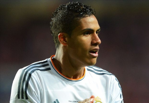 The Blues Memonitor Raphael Varane